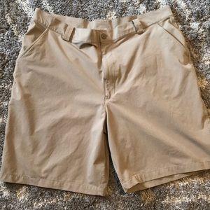 Men's Under Armour Shorts Sz 40